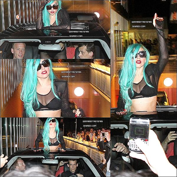 . 13/06/11 :   Stefani Germanotta sortant de son hotel de luxe Park Hyatt dans Paris.  + La police était sur place afin de circuler toute la foule qui empêcher notre Mother Monster de monter dans son véhicule.   .