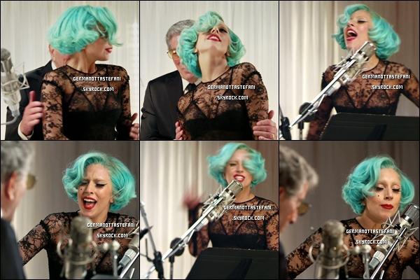 03/10/11 :  Voici le nouveau clip de Lady Gaga et Tonny Bennett «The Lady Is A Tramp». Alors, ton avis?