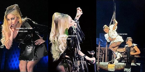 -[/align=center] 28 et 29 mai 2012 : Gaga a donner deux concert de sa tournée Born This Way Ball à Singapour (Photos)   -[/align=center]