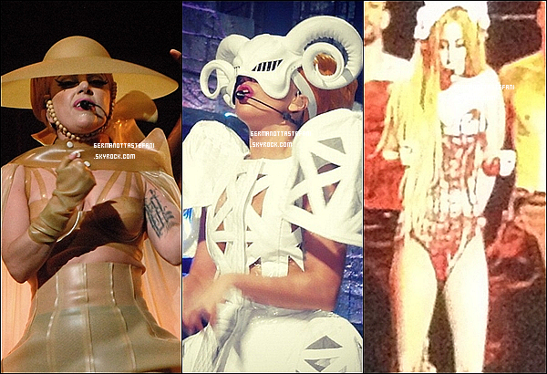 _  01/07/12 : Gaga a donner son quatrième concert du Born This Way Ball à Melbourne.  _