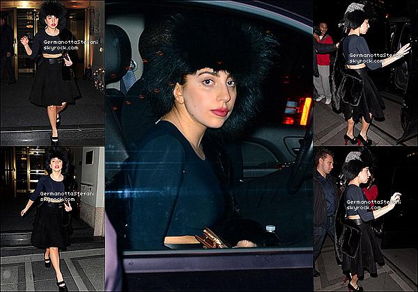 -[/align=center] 24/10/12 :  Enfin une nouvelle sortie, Lady Gaga ce rendant a l'ouverture d'une boutique à Soho à N-Y.  -[/align=center]