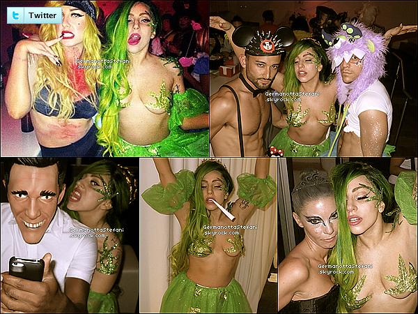 -[/align=center] 01/11/12 :  Lady Gaga a été aperçue prenant du bon temps avec ses amies sur une plage de Sun Juan.  -[/align=center]