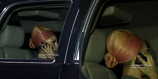 -[/align=center] 20/11/12 : Lady Gaga à été aperçue à son arrivé au Chili dans la ville de Santiago. 4 photo disponible !  -[/align=center]