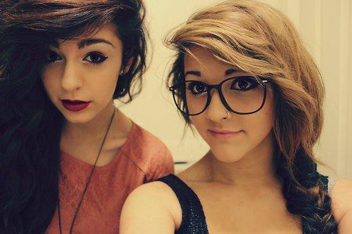 « Une amitié qui dure et ne vieillit pas c'est quelque chose d'extraordinaire. ♥ » - Emilie Carles -