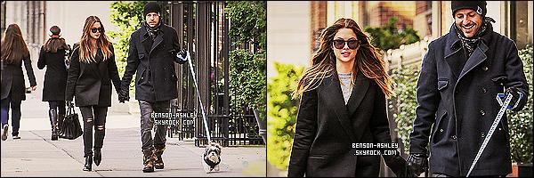 * 07/12/13 : Ashley  a été aperçue en compagnie de  Ryan Good  se promener  dans les rues de New York City. Après l'annonce d'une nouvelle production , Ashley  a été vu se promener main dans la main   avec Ryan Good et aussi son chien ! *