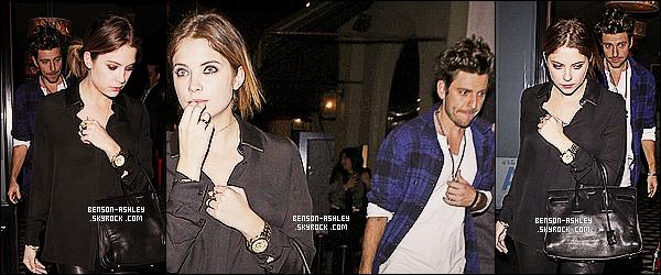 * 14/01/14 : Ashley  a été aperçu  en compagnie de Ryan se rendant au restaurant    Craig     dans  West Hollywood.  Après avoir fait ses courses, Ashley profite d'une petite soirée au restaurant et a retrouvé sa couleur favorite le noire mais elle est jolie    ! *