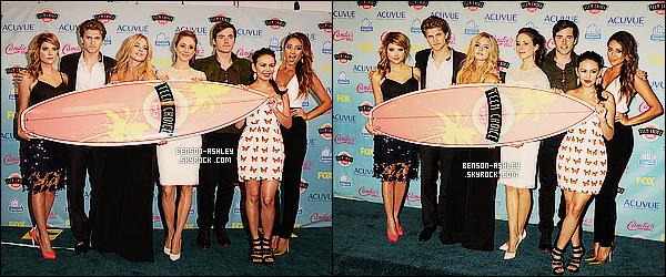 * 11/08/13 : Ashley  était présente a la cérémonie des    Teen Choice Awards  qui se sont déroulé a  Los Angeles.   Ashley  a vraiment mis tout en oeuvre pour être magnifique. J'aime beaucoup sa tenue et en particulier sa jupe qui est juste parfaite    ! *