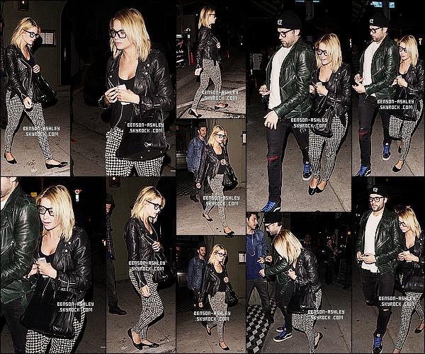 * 10/03/14 : Ashley a été aperçu a la sortie du restaurant     Craig  avec Ryan Good  situer dans Los Angeles.  Une nouvelle sortie au restaurant pour Ashley accompagné de son boyfriend et d'un de leur amie Joe Termini. Sinon jolie tenue ! *