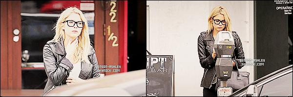 * 25/03/14 : Ashley a été de nouveau  aperçu en pleine ballade seule pour cette fois       dans les rues de Los Angeles.   Ashley n'a pas changé de tenue  dans la même journée donc il n'y a rien a dire sur sa tenue sauf qu'elle n'a plus sa jolie chemise bleu  ! *