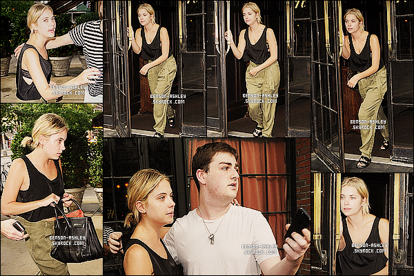 * 15/07/14 : Ashley a été aperçue seule  lorsqu'elle quittait son     hotel   pour son passage dans New York City.  C'est  une tenue très décontracté et pas très jolie pour Ashley. Néanmoins Ash' en profite pour passez du temps avec ses fidèles fans  ! *