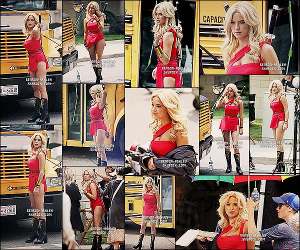 * 07/08/14 : Ashley a été de nouveau aperçu sur le tournage du film    Pixels   qui se déroule à  Toronto au Canada.  Nous retrouvons Ashley toujours dans la même tenue que la précedente en plein tournage de son  film prévue pour 2015 normalement  ! *