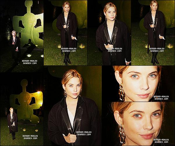 * 13/11/14 : Ashley était  a la présentation des bijoux de    David Webb : The Tool Chest Collec.   à  Los Angeles.  Je suis très déçue de la tenue d'Ashley, c'est tout noir puis en plus j'ai l'impression qu'elle n'est pas au top de sa forme. C'est un flop là    ! *