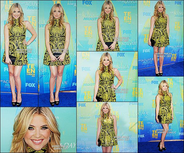 * 07/08/11 : Ashley était présente a la cérémonie des    Teen Choice Awards   qui était situé à  Universal City. Ashley a mit du noir mais a aussi met du jaune et l'assemblage des deux couleurs vont  ensemble. J'aime  beaucoup donc c'est un TOP    ! *