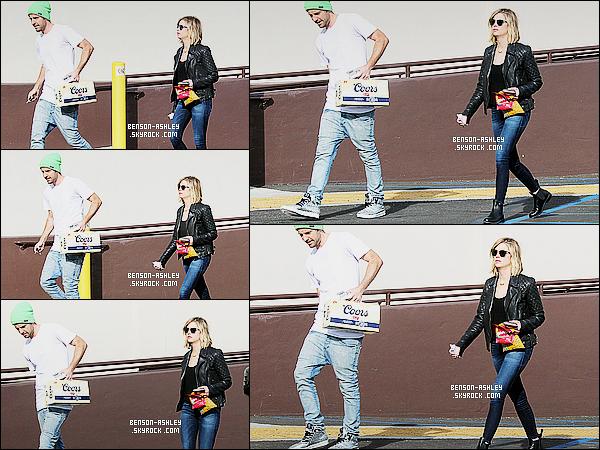 * 01/02/15 : Ashley a été aperçue  avec  Ryan après quelques courses au    Super Bowl   qui est situé  à  Los Angeles. La rumeur en ce qui concerne ce couple quand a leur séparation semble fausse. Ashley est vraiment jolie j'aime beaucoup, c'est un top     ! *