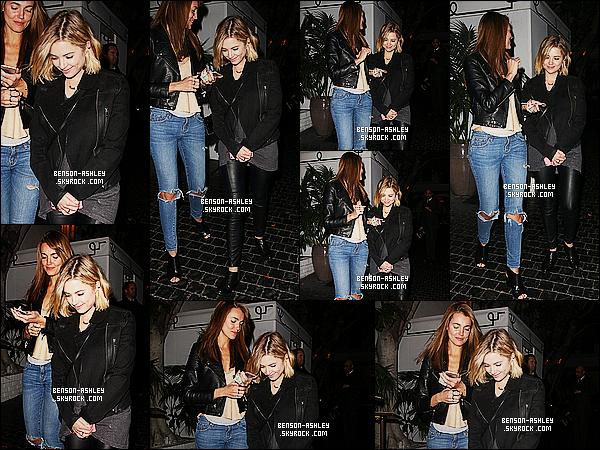 * 03/02/15 : Ashley a été aperçue  accompagnée d'une amie simplement de    sortie  dans les rues de  Los Angeles. C'est une jolie tenue que nous présente Ashley j'aime bien. En plus, elle a un jolie sourire sa fait vraiment plaisir. C'est donc un jolie top    ! *