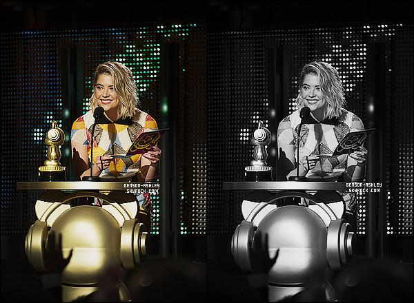 * 25/04/15 : Ashley était présente lors   des     Radio Disney Music Awards   qui se sont déroulé à Los Angeles. Nous n'avons qu'une photo d'Ash lorsqu'elle remit le prix des Fifth H. Elle semble avoir une jolie tenue dommage que l'on ne la vois pas    ! *