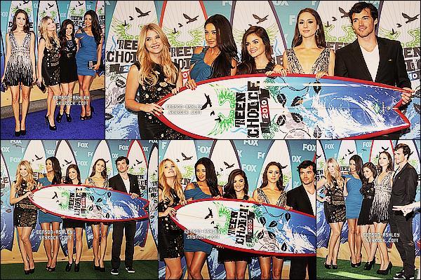 * 08/08/10 : Ashley était présente a la cérémonie annuelle des    Teen Choice Awards   qui était à Los Angeles.  Je trouve tout bonnement Ashley magnifique. J'aime vraiment  cette très jolie robe qu'elle nous a choisis pour l'occasion, c'est  TOP  ! *