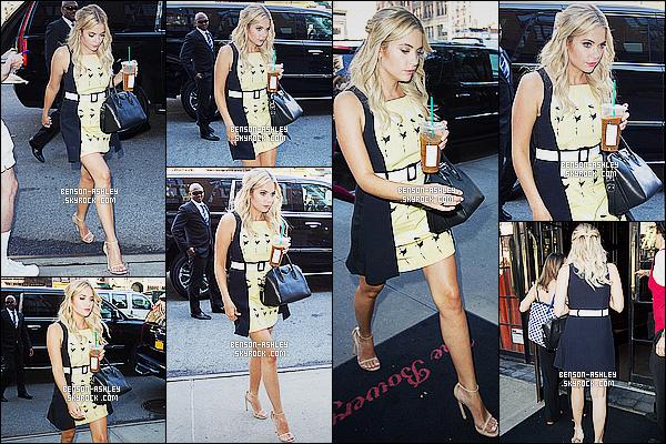* 23/07/15 : Ashley a été aperçu lorsqu'elle se rendait sur le plateau de     Kelly & Michael  situé à New York City. Je trouve que la tenue d'Ashley est jolie j'aime beaucoup. Toute fois les fleurs présentent sur sa robe ne sont pas l'idéal mais cela passe  ! *