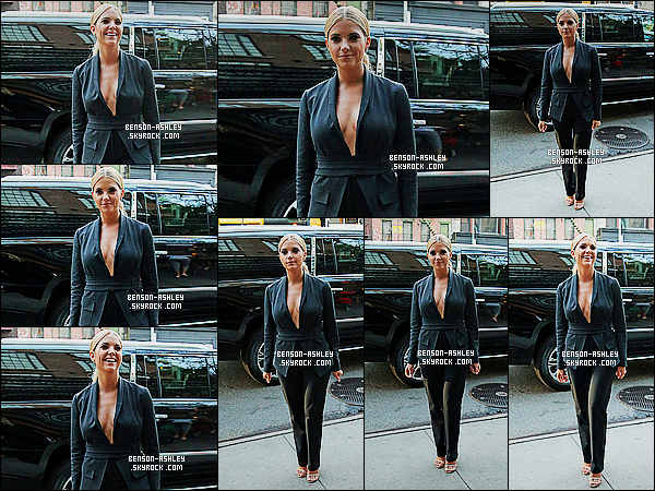 * 23/07/15 : Ashley a été aperçu au moment ou elle arrivait près de son       Hotel  qui est situé  dans New York City.  Encore une nouvelle tenue pour Ashley qui est bien plus sombre mais que je trouve jolie tout de même. On peut lui attribuer un TOP  ! *