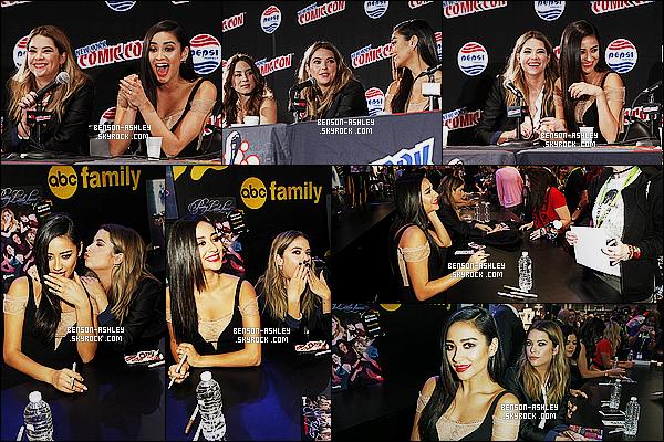 * 09/10/15 : Ashley était présente avec le cast de PLL lors du  Comics Con 2015  qui est situé à New York City. Une jolie tenue noire et blanche pour Ashley qui est très jolie et aussi très classe j'aime beaucoup malgré la sobriété de sa tenue,    TOP   ! *
