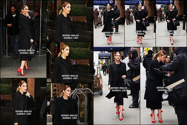 * 12/01/16 : Ashley était présente avec le cast de PLL lors de l'emission    The View  qui est dans - New York City.  Ashley avait  une tenue noire mais qui lui va bien c'est jolie avec des chaussures rouges donc  on peut  dire que cette tenue c'est un TOP ! *