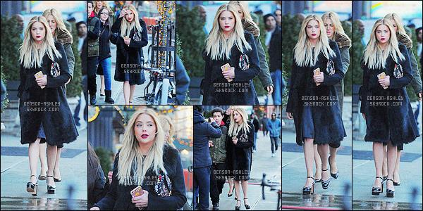 * 18/02/16 :- Ashley a été aperçu seule se rendant a un évenement           dans les rues de Manhattan - New York City.   Nous apercevons que partiellement la tenue d'Ashley mais son manteau est jolie par contre les chaussures ne me plaisent pas   - un  TOP    ! *