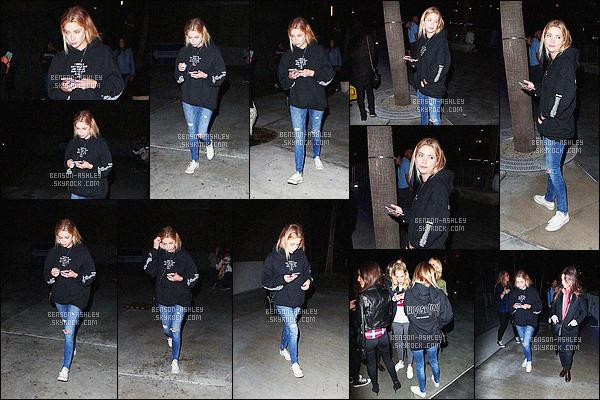 * 21/03/16 : Ashley a été aperçu avec une amie à la sortie du concert de    Justin Bieber          situé à -  Los Angeles.  Ashley a une tenue assez décevante mais confortable et qui se prête tout de même a la soirée qu'elle avait prévu   -    c'est un petit  BOF    ! *