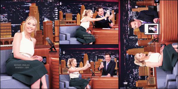 * 23/06/16 :- Ashley était présente lors de l'émission      Tonight Show      de Jimmy Fallon  situé à     -    New York City.  Ashley semble beaucoup s'amuser lors de cette émission. Sa tenue est très simple mais très jolie un classique noir et blanc -  jolie  TOP    ! *