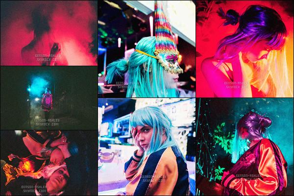 *    Découvrez  deux photoshoots d'Ashley, le premier  Lilac et le second  Izak Rappaport.   *