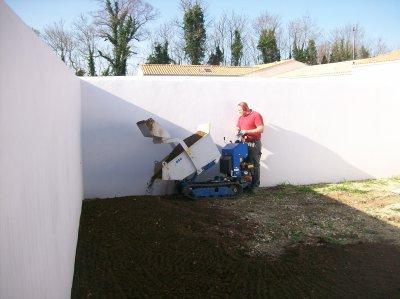 engazonnement d'un patio à Aigrefeuille pour l'entreprise ARCADE