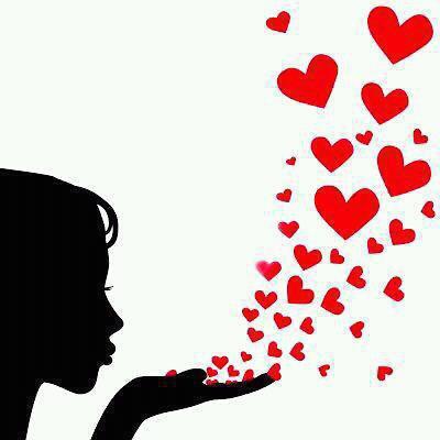 j'envoie tous ces coeurs remplient de baisers ,a tous ceux qui sont loin ,pour leur dire a quel point je les aime ♥♥♥
