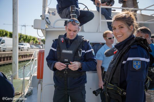 Laury - Une nuit avec la police et la gendarmerie