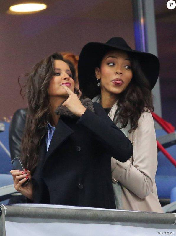 Malika / Flora / Camille / Sylvie - Matchd de foot France Allemagne