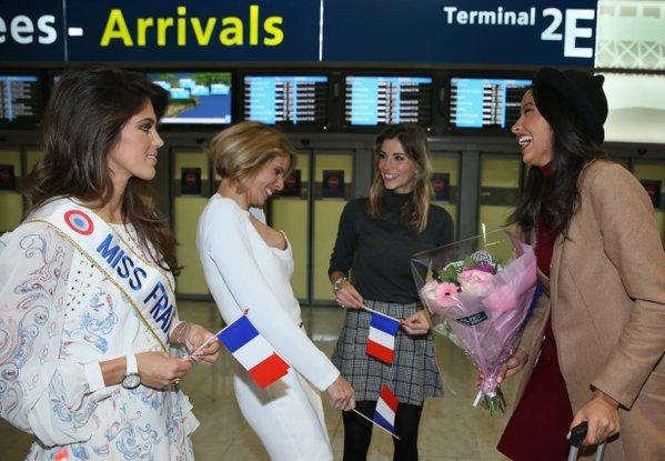 Flora - Retrouvailles avec la famille Miss France à Paris