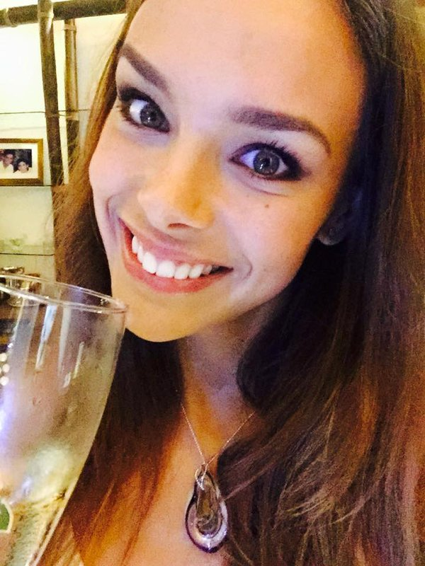 Marine  Sylvie  Iris - Vous souhaitent de JOYEUSES FETES DE NOEL
