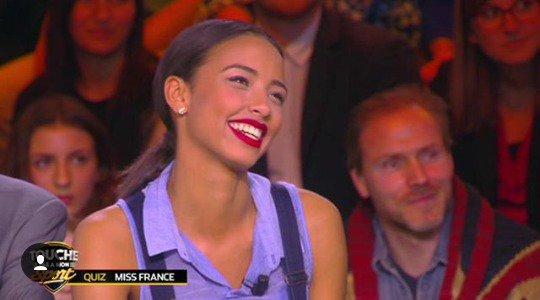 Flora - Touche pas à mon sport et Iris - Interviews