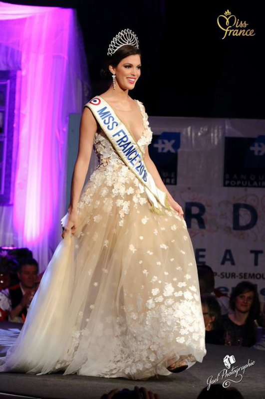 Iris - Premier show Miss France, élection Miss Côte d'Or 2016