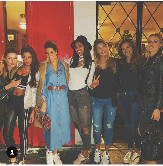 Retrouvailles parisiennes entre Miss