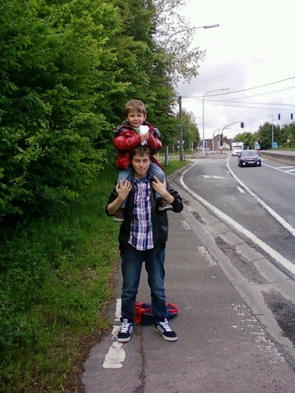 Mon petit frère et moi :) <3