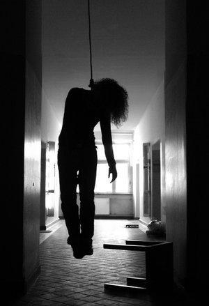 Le suicide ... C'est ce qui me reste a faire ...