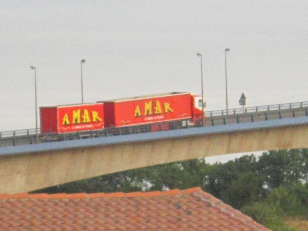passage des convois du Cirque Amar sur le pont du martrou  a Rochefort sur mer !