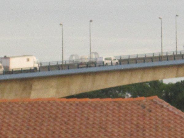 passage des convois du Cirque Amar sur le pont  du martrou  de Rochefort sur mer !
