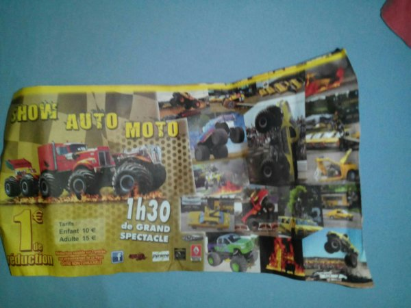flyers  des cascadeurs Motor Show !