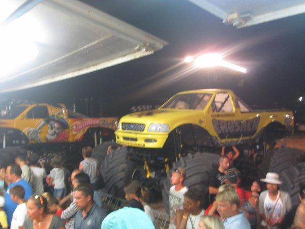 Les Motor Show Cascadeur au Grau Du Roi
