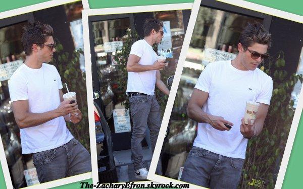 Toujours le 26/04/11 : Zac s'est arrêté au Earth Bar pour s'acheter un smoothie et un cookie