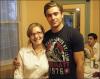 Une serveuse qui a eu le privilège de servir Zac le 16 juillet, lui a demandé une photo avec lui, qui a gentiment accepté.Dans le meme restaurant, un jeune homme a lui aussi eu la chance de posé à ses cotés