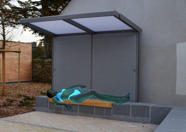 CHOUETTE une machine à UV au jardin de brétinio