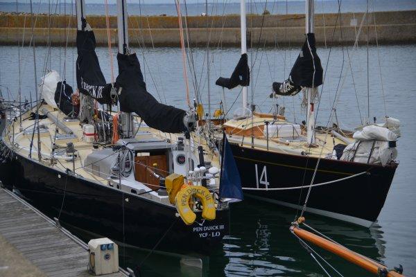 """Départ des """"Pen Duick"""" de port Haliguen vers la Trinité 28 juin"""