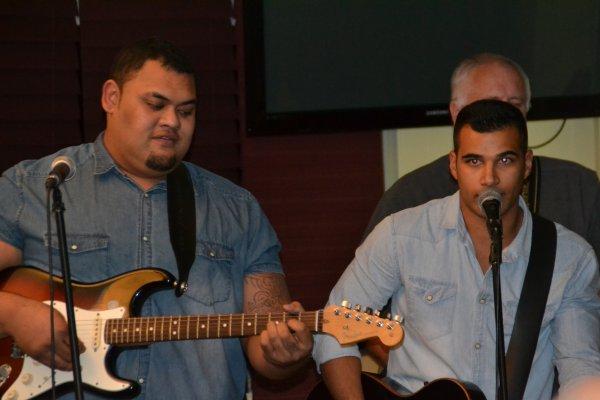 Repas concert au bar de laérodrome 21 dec 2014