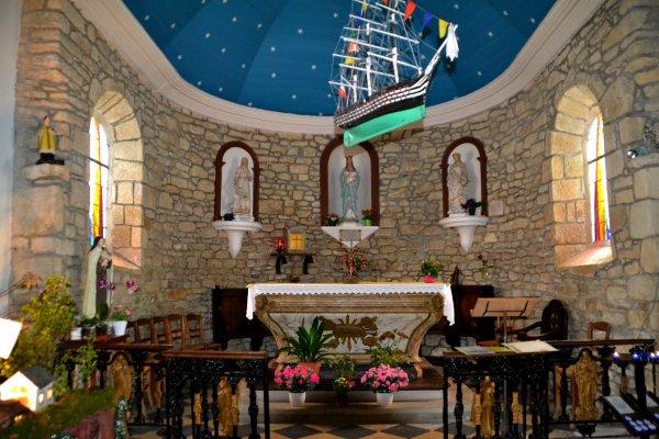 La chapelle de lotivy et sa crèche musicale